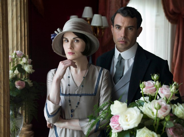 EMBARGOED_UNTIL_3RD_NOVEMBER_DOWNTON_EP8_48