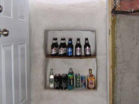 Man makes snowed in front door into the best beer fridge EVER