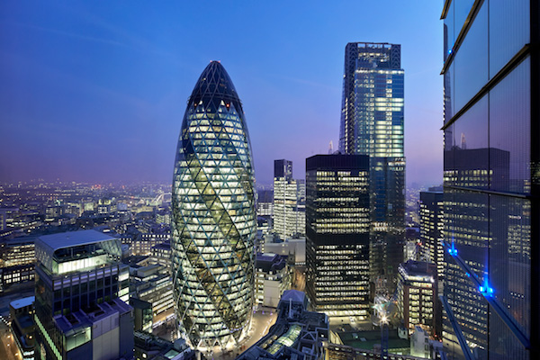 This is the difference £726m worth of Gherkin makes on the London skyline