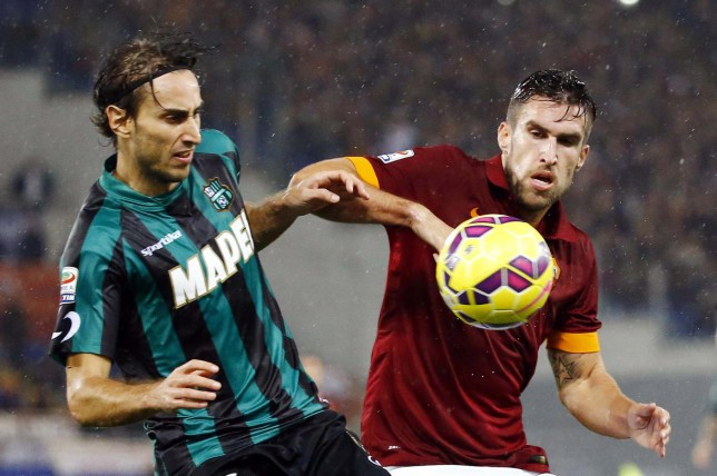 Manchester United 'ready to make January move for Roma's Kevin Strootman'