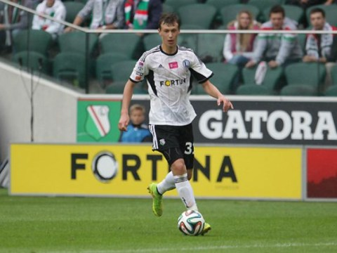 Arsenal braced for Roma to hijack deal for 16-year-old Legia Warsaw midfielder Krystian Bielik