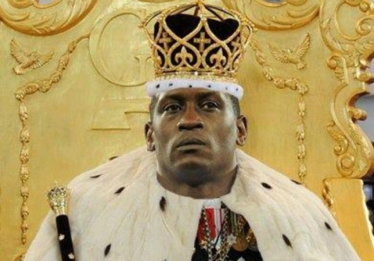 All hail King Emile (Picture: Twitter)