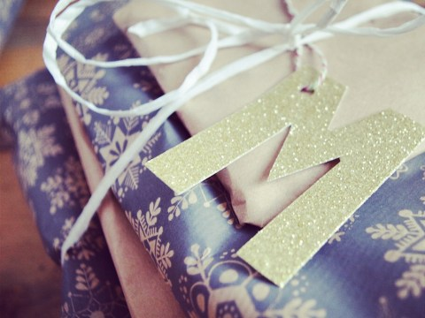 17 pretty damn perfect Christmas present wrapping ideas