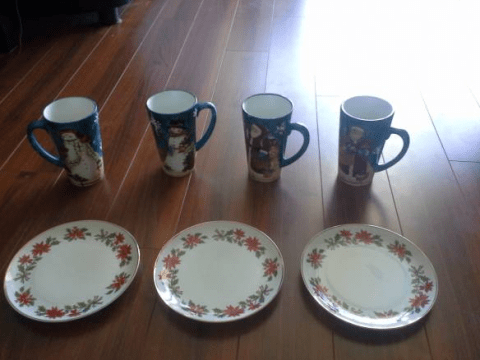 Man tries to get rid of his ex-wife's 'stupid Christmas mugs' with hilarious Craigslist advert