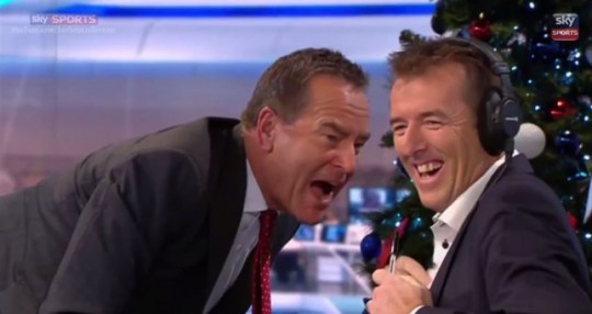 Jeff Stelling loses his microphone