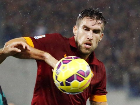 Chelsea 'make £30m transfer offer for Manchester United target Kevin Strootman'
