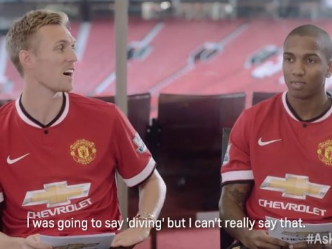 Manchester United's Darren Fletcher asked what Ashley Young's best move is, trolls him by saying diving