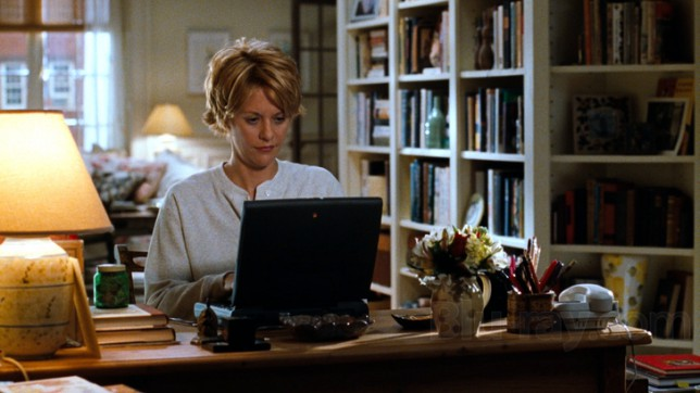 14 thoughts every woman has before meeting an online date IRL