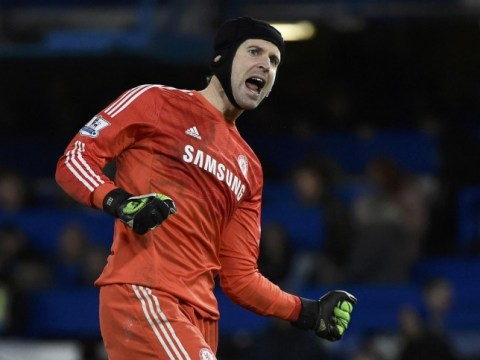 Petr Cech SHOULD NOT be dropped from Chelsea line-up for Thibaut Courtois ahead of Liverpool clash