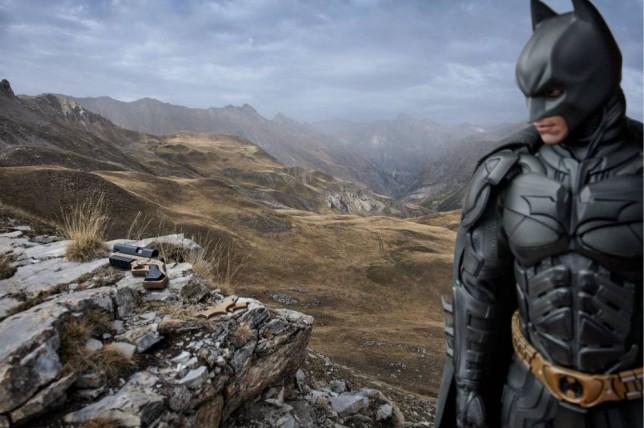 Benoit Lapray - Superhero landscape Must link to - http://www.benoitlapray.com/#a=0&at=0&mi=2&pt=1&pi=10000&s=0&p=1