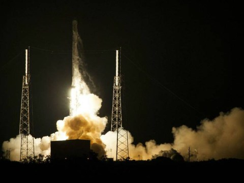SpaceX rocket fails to land on ocean platform