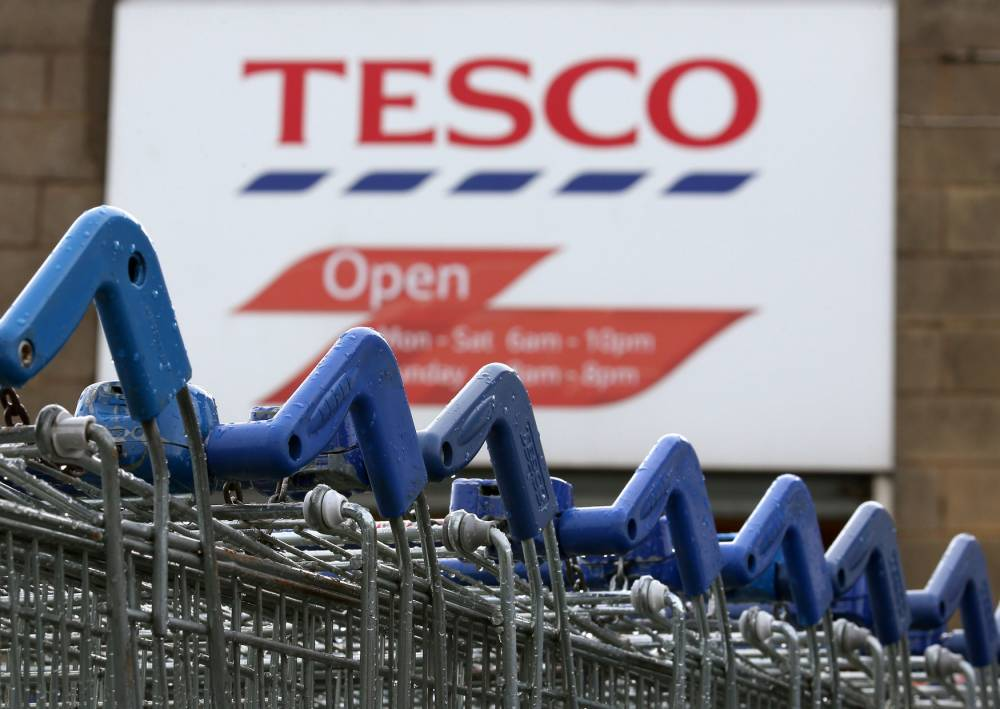 Tesco 'will sack 2,000 head office staff', following closure of 43 stores