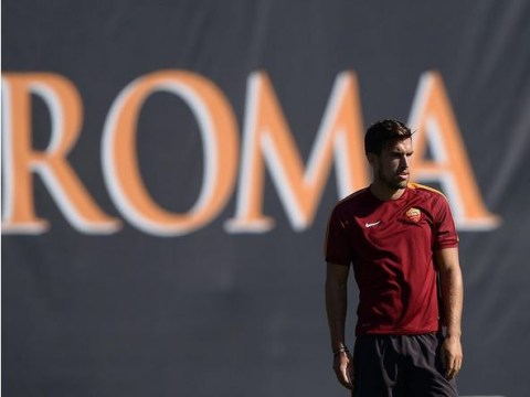 Manchester United dealt transfer blow after Roma target Kevin Strootman admits he wants Italy stay