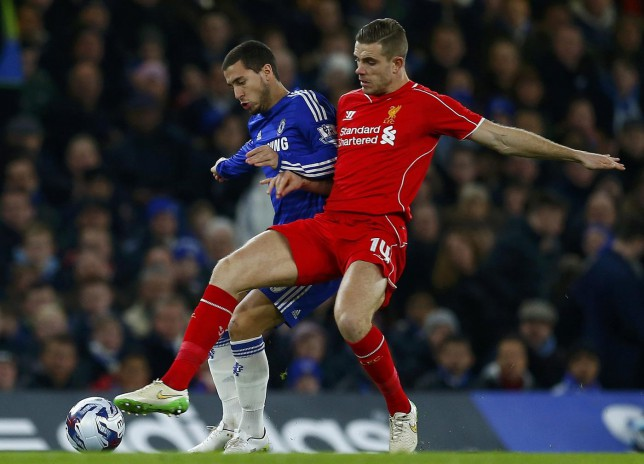 Chelsea's Eden Hazard (L) challenges Liverpool's Jordan Henderson during their English League Cup semi-final second leg soccer match at Stamford Bridge in London January 27, 2015. REUTERS/Eddie Keogh (BRITAIN - Tags: SOCCER SPORT) Eddie Keogh/Reuters