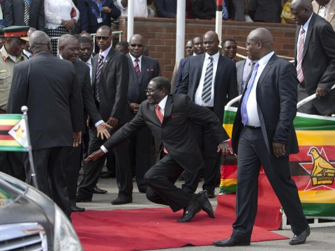 Mugabe fall: '27 bodyguards punished' after Zimbabwe leader's tumble
