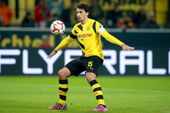 Manchester United linked with £110m bid for Gareth Bale and Mats Hummels