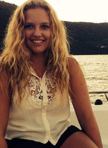 Brain-damaged teen victim may identify axe-wielding killer by blinking