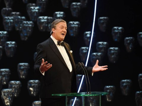 The Baftas 2015: Stephen Fry receives backlash for Stephen Hawking impersonation