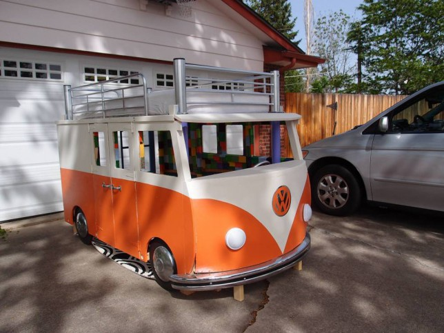 Vw Bus 2015 >> World S Number One Dad Builds His Daughter A Vw Camper Van