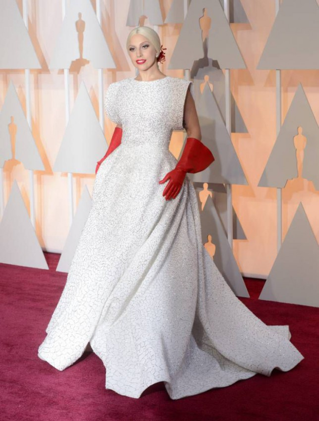 epa04632976 Lady Gaga arrives for the 87th annual Academy Awards ceremony at the Dolby Theatre in Hollywood, California, USA, 22 February 2015. The Oscars are presented for outstanding individual or collective efforts in 24 categories in filmmaking.  EPA/MIKE NELSON