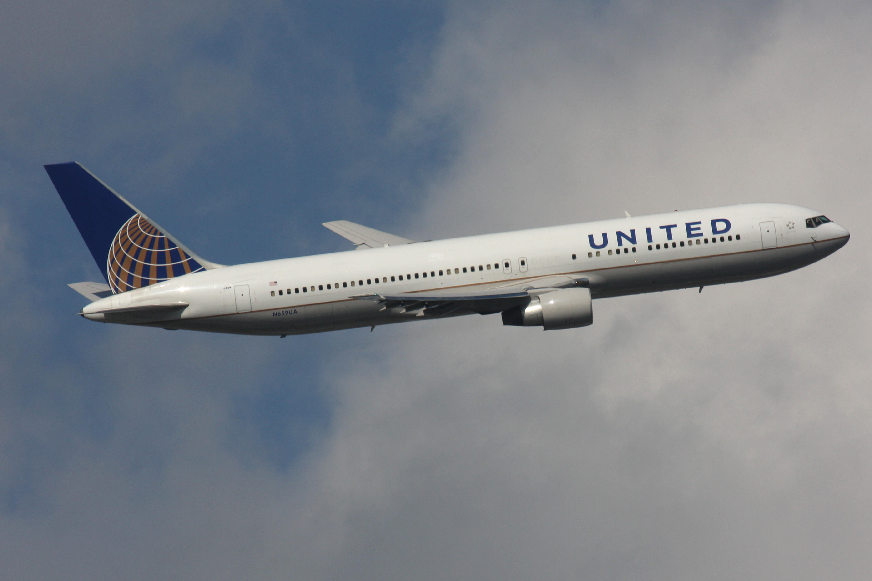 A United Airlines plane was diverted on Saturday after it was struck by severe turbulence (Picture: Alamy)