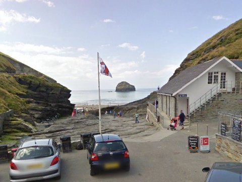 Man swept out to sea while scattering ashes