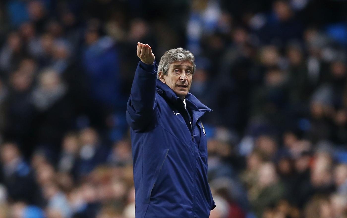Colin Murray: Manuel Pellegrini may be charming but he seems to be on borrowed time at Manchester City