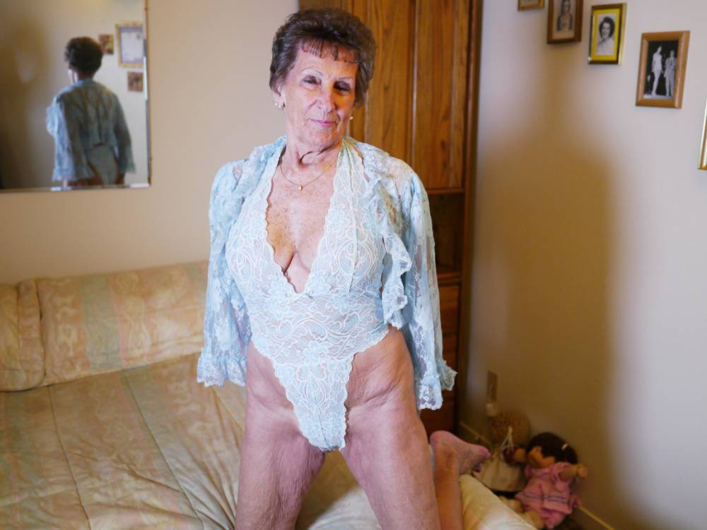 UNKNOWN, UNDATED: Shirley Andrews, 80, is not afraid to flaunt her figure in skimpy lingerie. SHE Lives in an old people's complex and enjoys knitting and crochet - but 80-year-old Shirley Andrews is also a super cougar who slept with more than 1,000 men. Outgoing Shirley, who lives in sheltered accommodation in Oroville, California, even has a tattoo circling her nipple that reads ëGang Bang Queen'. One of her many men is Kyle Jones, a 31-year-old lothario with a penchant for pensioners. He has six different grannies on the go aged between 68-92 - and even has a sexual relationship with a great-grandmother. Kyleís little black book of women appears on a one-off Channel 5 special called Nanna Love: 50 Shades of Grey about young men who prefer mature women to girls their own age. ***CONDITION OF USAGE - MUST INCLUDE THE FOLLOWING PLUG: Nanna Love: 50 Shades of Granny, Tuesday 31 March at 10pm on Channel 5 PHOTOGRAPH BY Barcroft Productions UK Office, London. T +44 845 370 2233 W www.barcroftmedia.com USA Office, New York City. T +1 212 796 2458 W www.barcroftusa.com Indian Office, Delhi. T +91 11 4053 2429 W www.barcroftindia.com