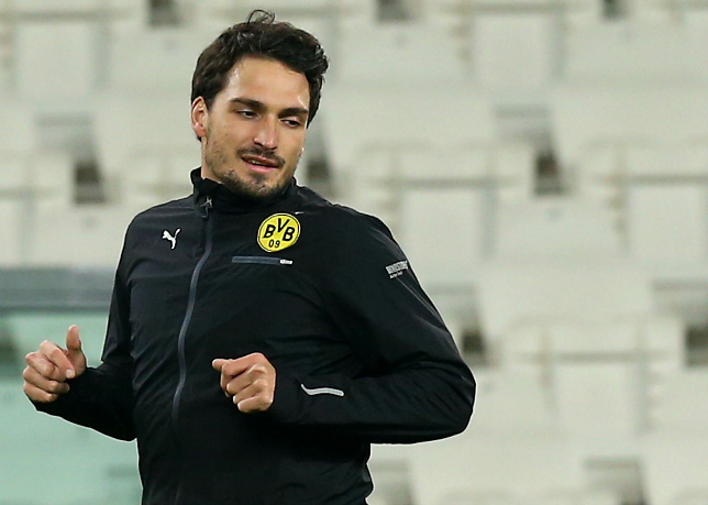 Mats Hummels could finally be rocked up at Man United (Picture: Getty)