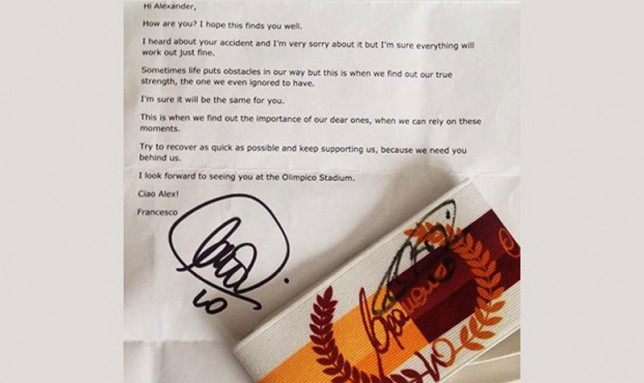 Francesco Totti sends armband and letter to Roma fan injured in car accident