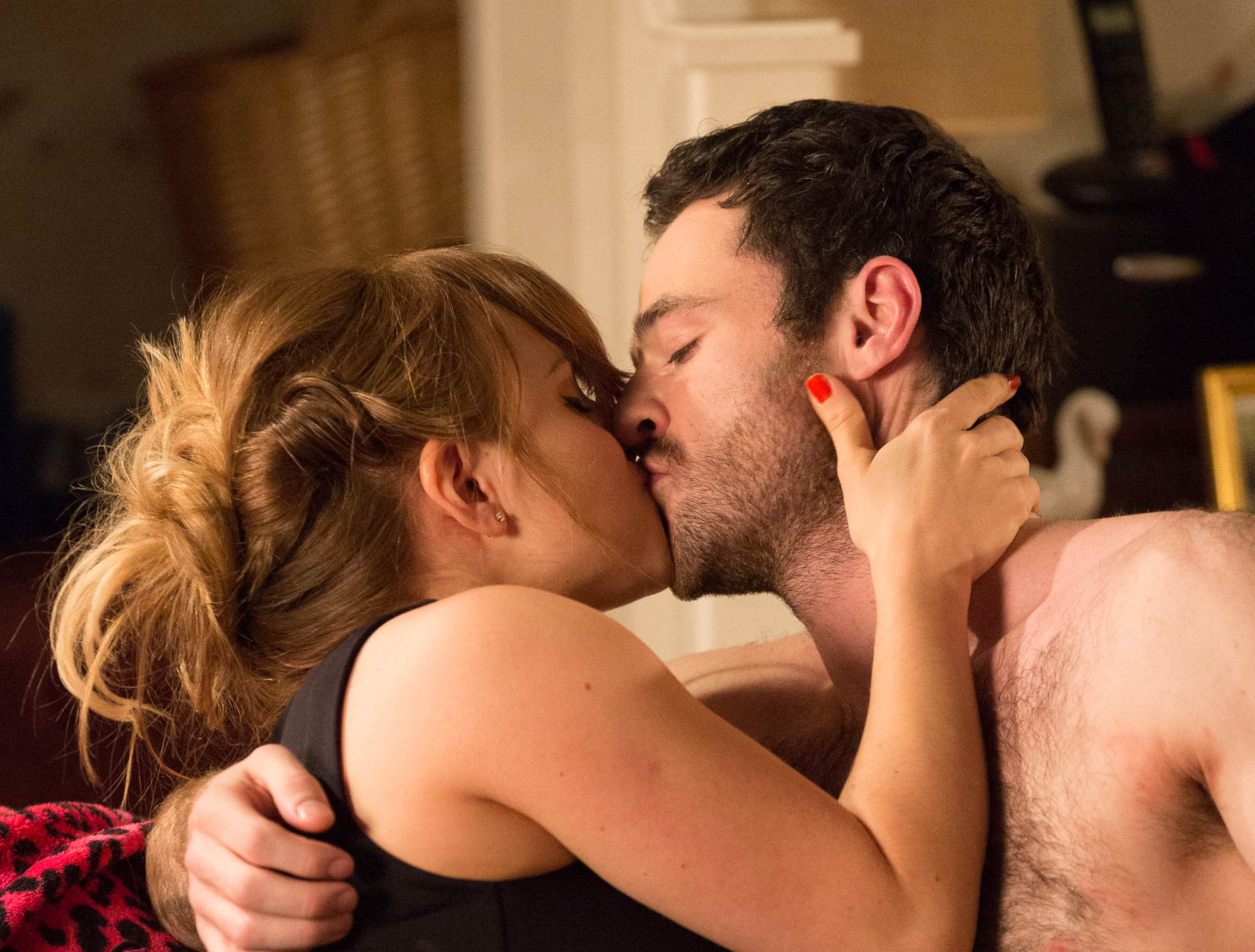 Coronation Street spoilers: Sarah Louise Platt and Callum Logan get passionate – but who will catch them?