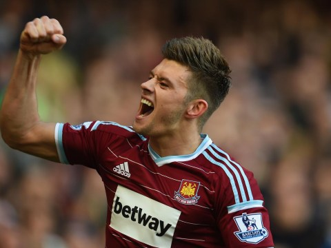 'Happy' Aaron Cresswell ready to reject Chelsea and Manchester City for West Ham stay