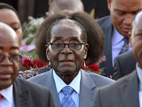 Has Robert Mugabe just had a new haircut?