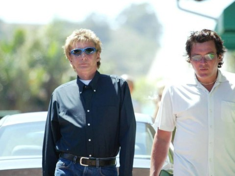 Barry Manilow has secretly married his manager Garry Kief