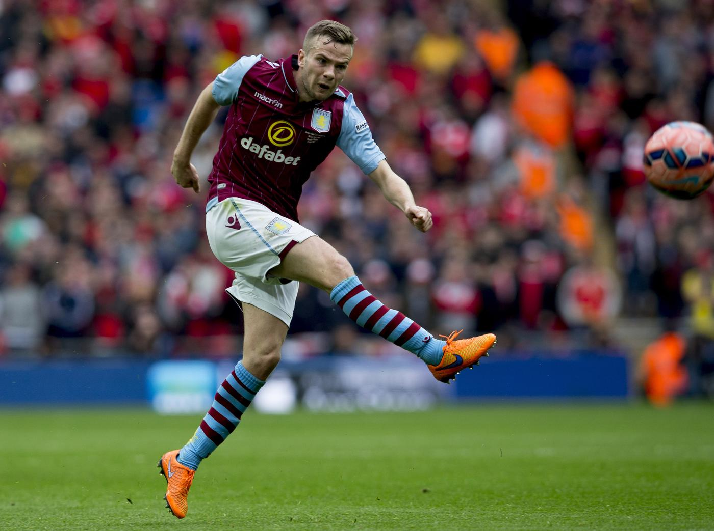 Arsenal set to miss out on Tom Cleverley free transfer as Aston Villa line up move