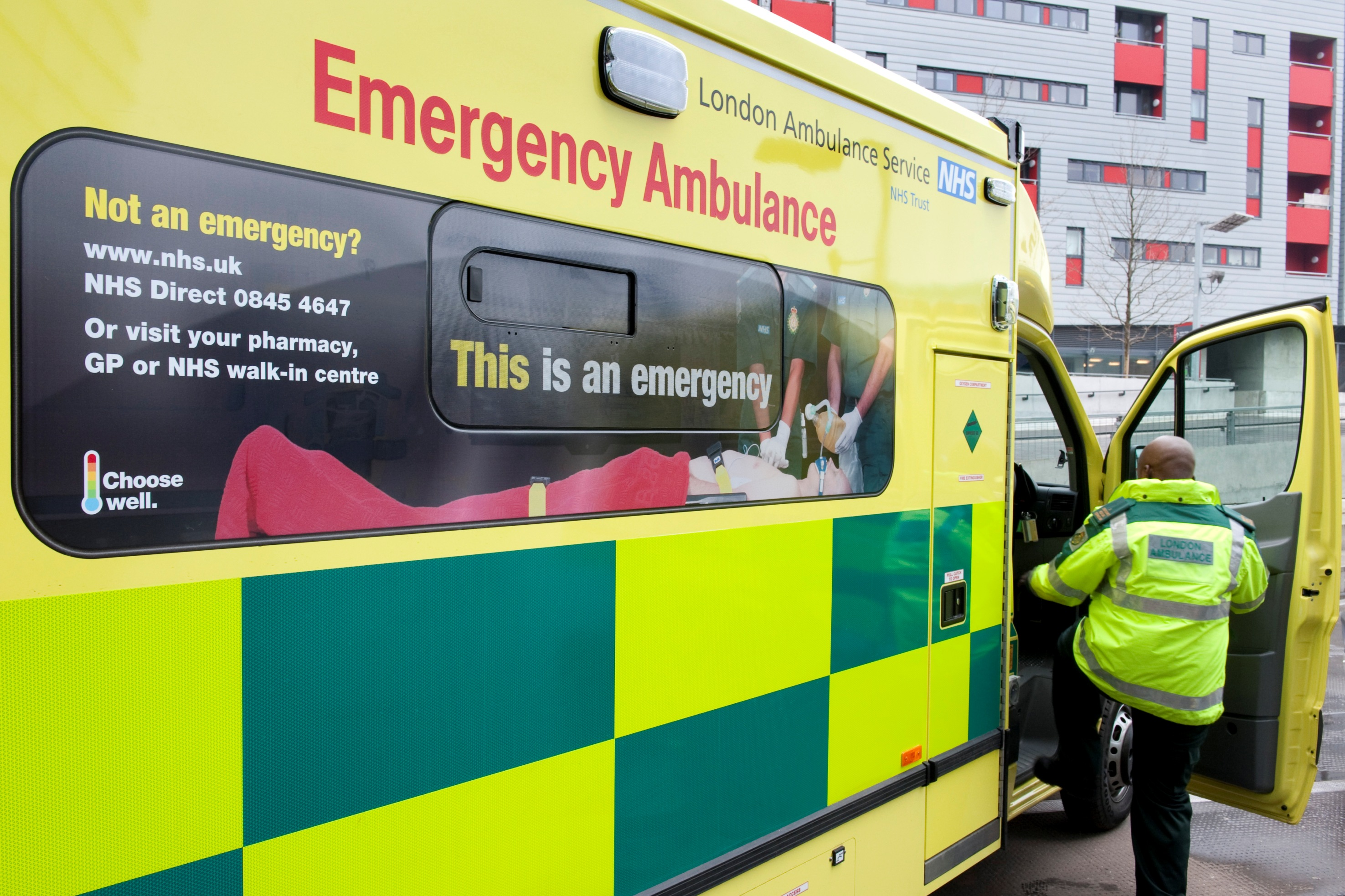 People think there are ambulances waiting to pick patients up - they are wrong (Picture: ES)