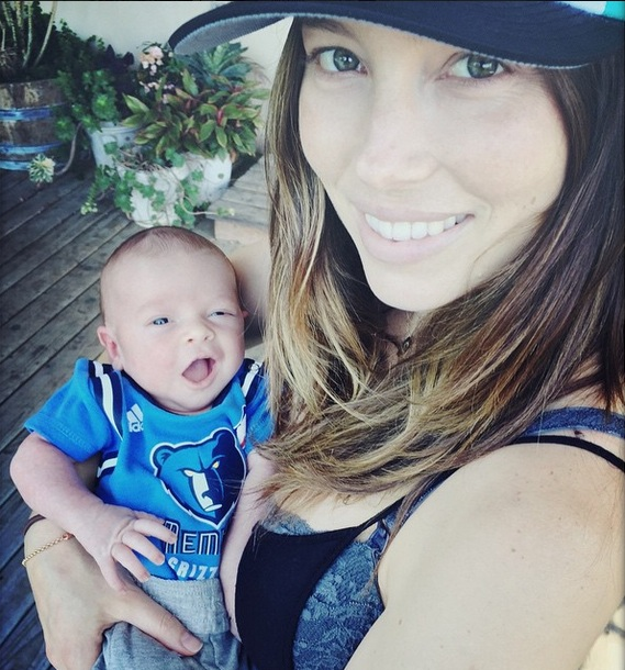 Justin Timberlake posts pic of Jessica Biel and son Silas on Instagram