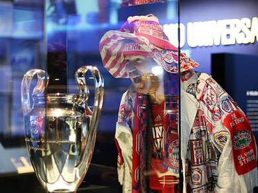 Bayern Munich destroy Porto in exchange of banter on Twitter