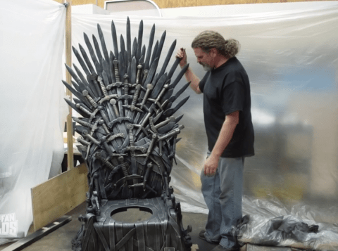 This guy built a Game Of Thrones Iron Throne toilet and it's AWESOME