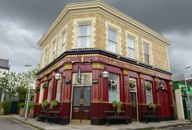 EastEnders: 39 signs you're addicted to Albert Square ... on albert square london, albert square soap, albert square map, albert square celeb,
