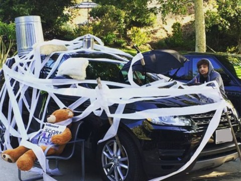 Niall Horan labels One Direction bandmates Louis Tomlinson and Liam Payne d**kheads after they do THIS to his car