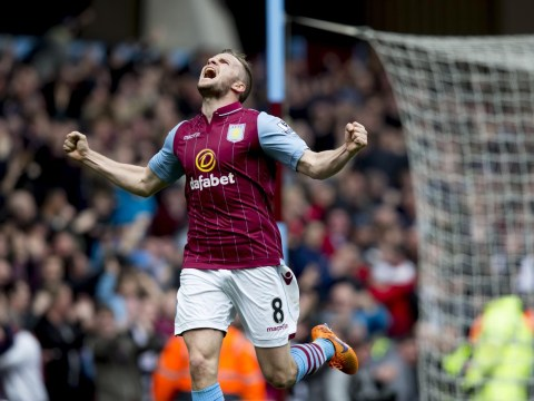 Aston Villa 'set to push through free transfer of Manchester United midfielder Tom Cleverley'