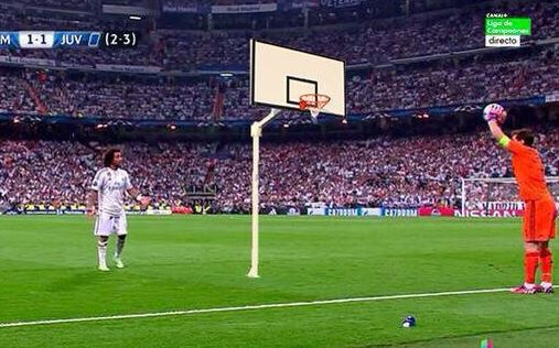 Iker Casillas pulls off hilarious foul throw in dying seconds of Real Madrid v Juventus