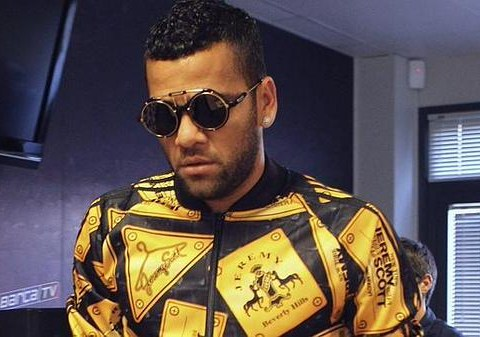 9 reasons why Manchester United MUST seal Dani Alves transfer