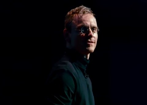 The first trailer starring Michael Fassbender as Steve Jobs has landed and the resemblance is uncanny