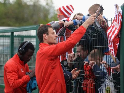 Asmir Begovic will get a transfer as Stoke City as Potters fans feel a sense of deja vu