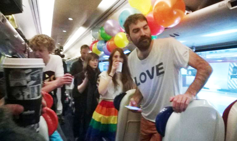 Irish people from around the world are going #hometovote today and it's INCREDIBLE