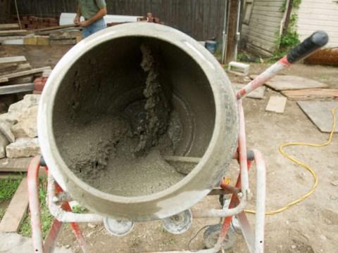 Drunk man eats 250g of concrete thinking it's food