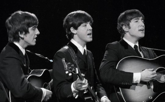 EDITORIAL USE ONLY / NO MERCHANDISING Mandatory Credit: Photo by ITV/REX_Shutterstock (998151gd) 'Late Scene Extra' TV - 1963 - The Beatles - George Harrison, Paul McCartney, John Lennon. ITV ARCHIVE