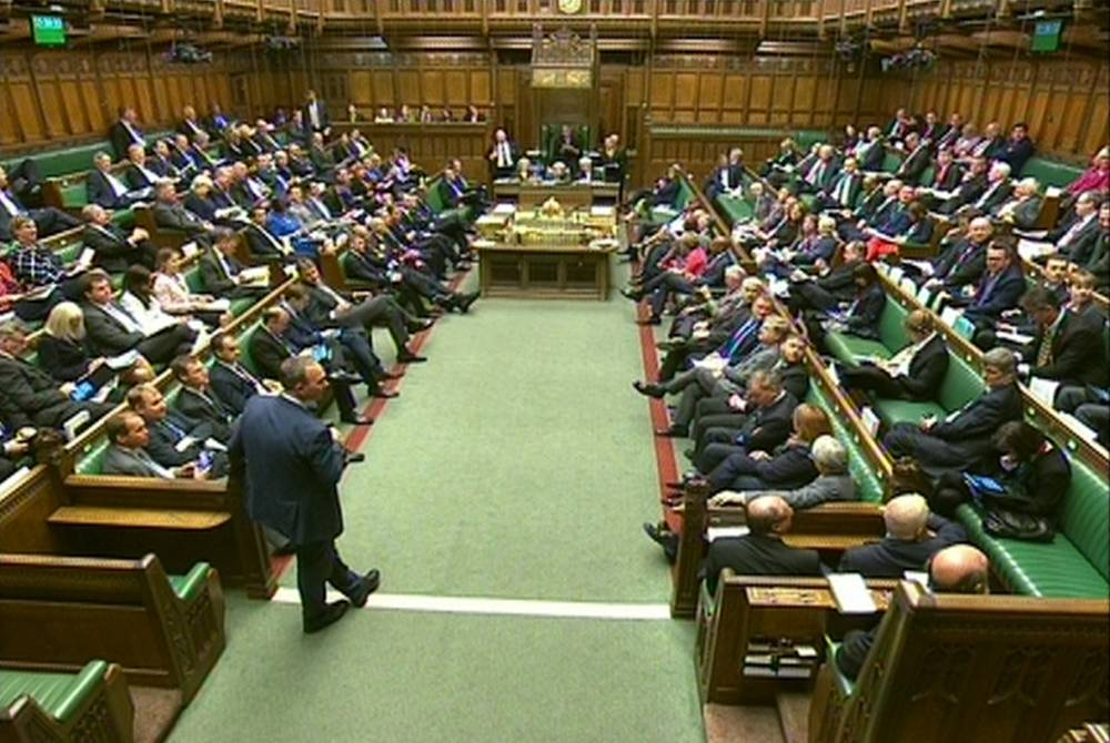 MPs vote to back the 'in/out' EU Referendum Bill